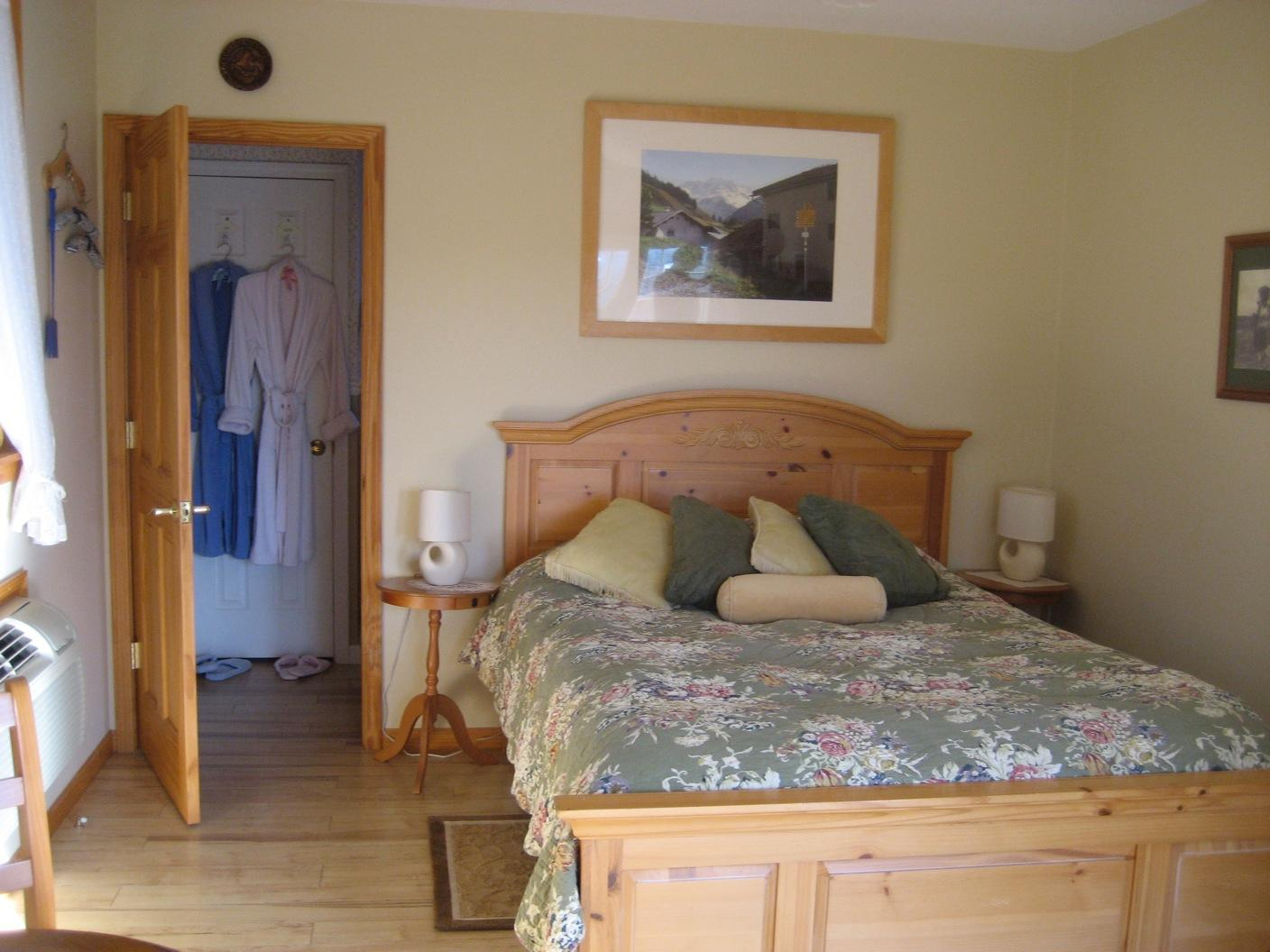Les Lavandes Bed and Breakfast