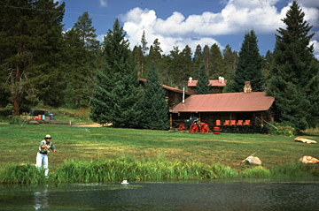 ‪Latigo Dude Ranch & Nordic Center‬