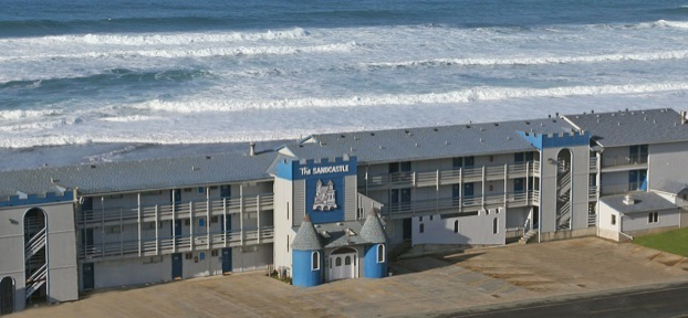 Sandcastle Beachfront Motel