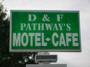 D & F Pathway's Motel-Cafe