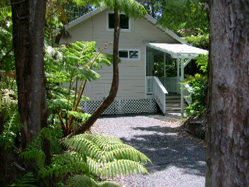 Volcano Vacation Homes (Chalet Kilauea Collection)