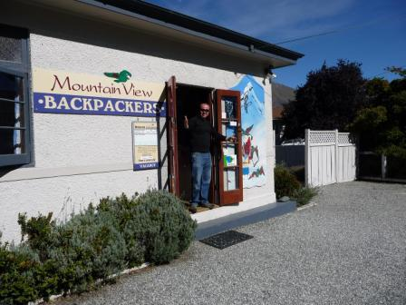 ‪Mountain View Backpackers‬