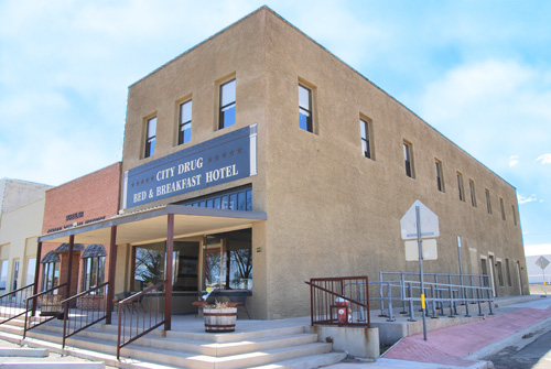 City Drug Bed & Breakfast Hotel
