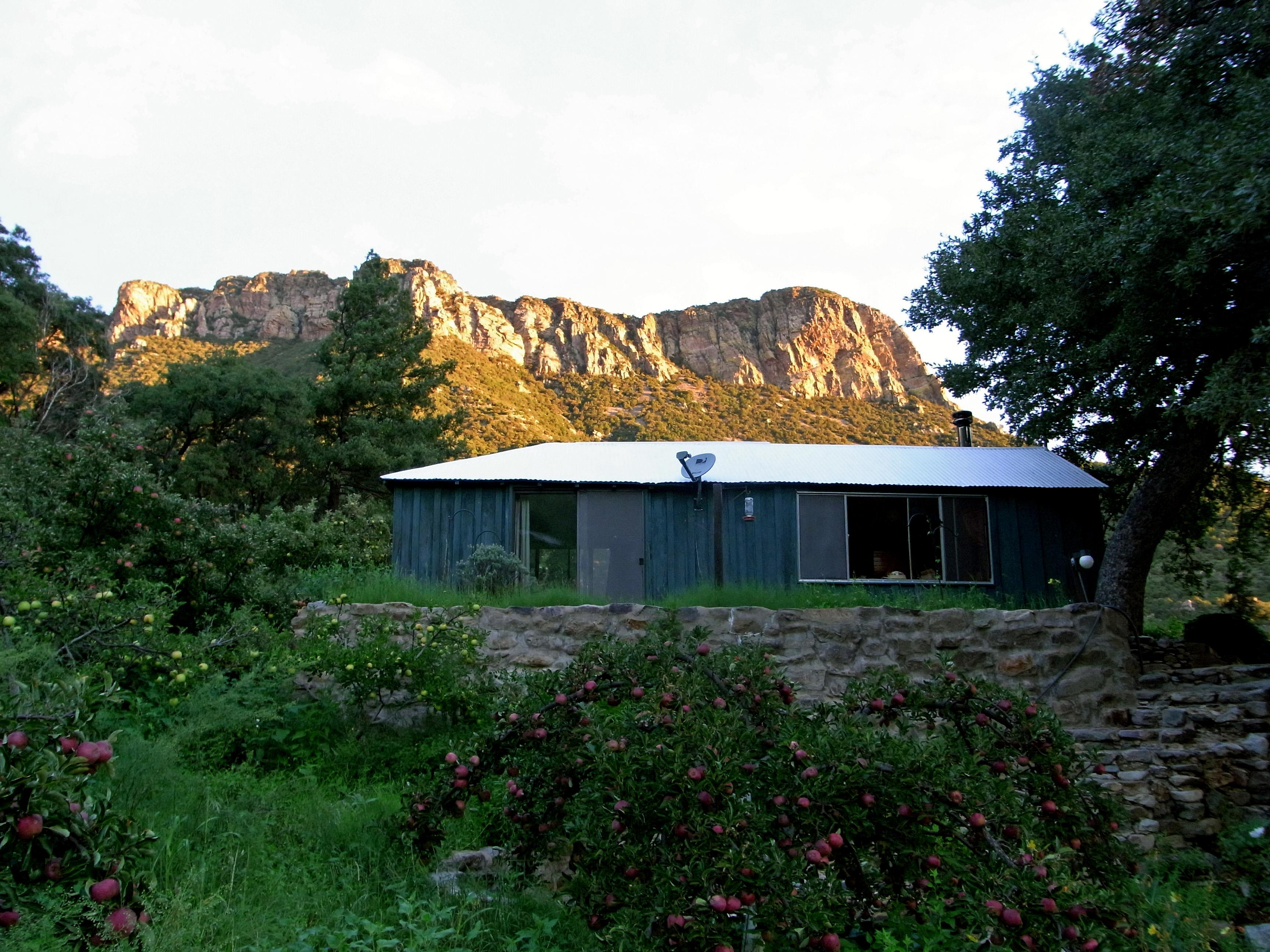 Beatty's Guest House and Orchard