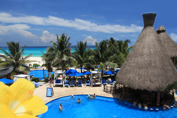 The Reef Playacar