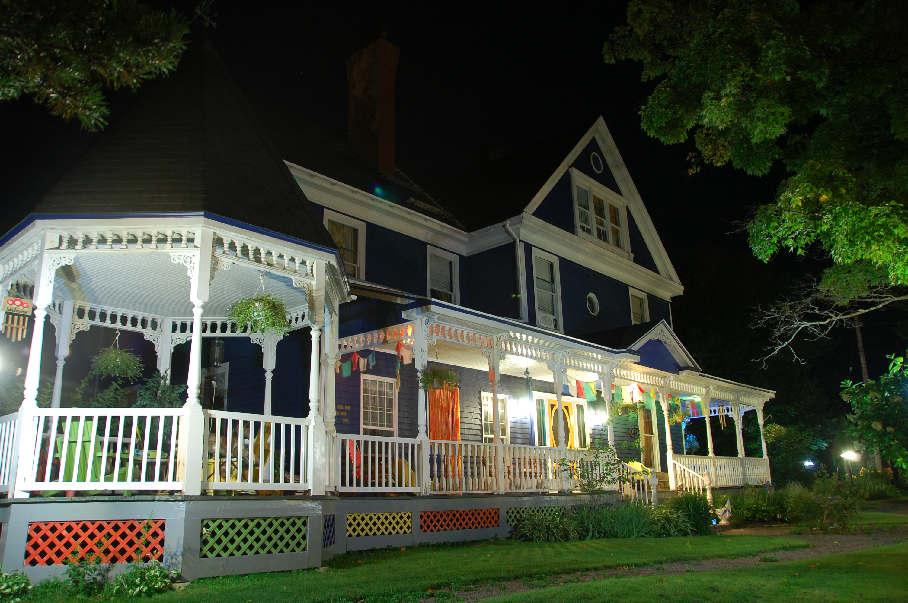 Wickwire House Bed and Breakfast