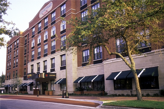 ‪Courtyard by Marriott Savannah Historic District‬