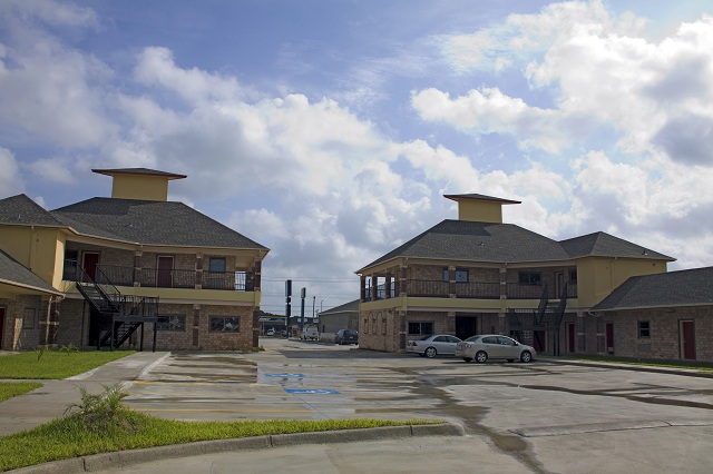 Americas Best Value Inn & Suites - San Benito / Harlingen
