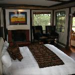 Photo of Ngerende Island Lodge Masai Mara National Reserve