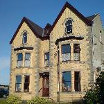 Tal Menai Guest House
