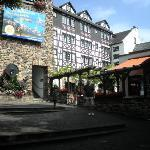 Hotel und Weinhaus Felsenkeller