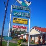 Beverly Motel