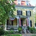 2 Chestnut Bed and Breakfast