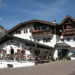 Photo of Hotel Scoiattolo Selva Di Val Gardena