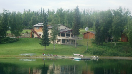 Longmere Lake Lodge