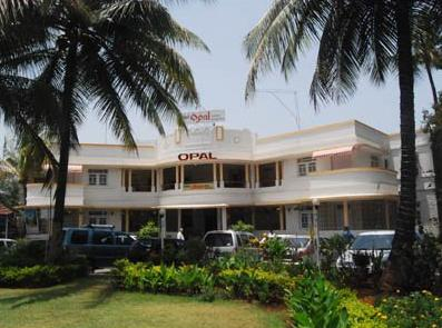Hotel Opal
