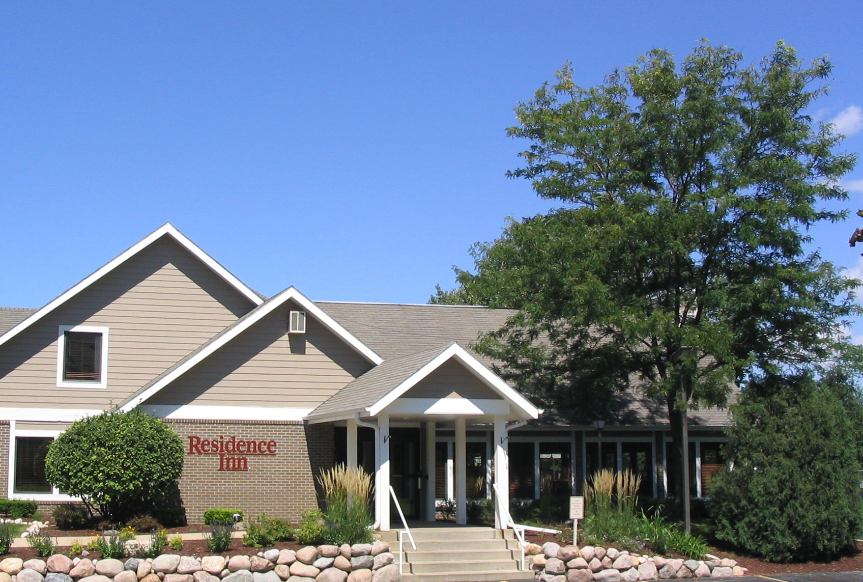 Residence Inn by Marriott Milwaukee - Brookfield