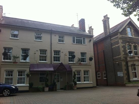 Donnington House Hotel