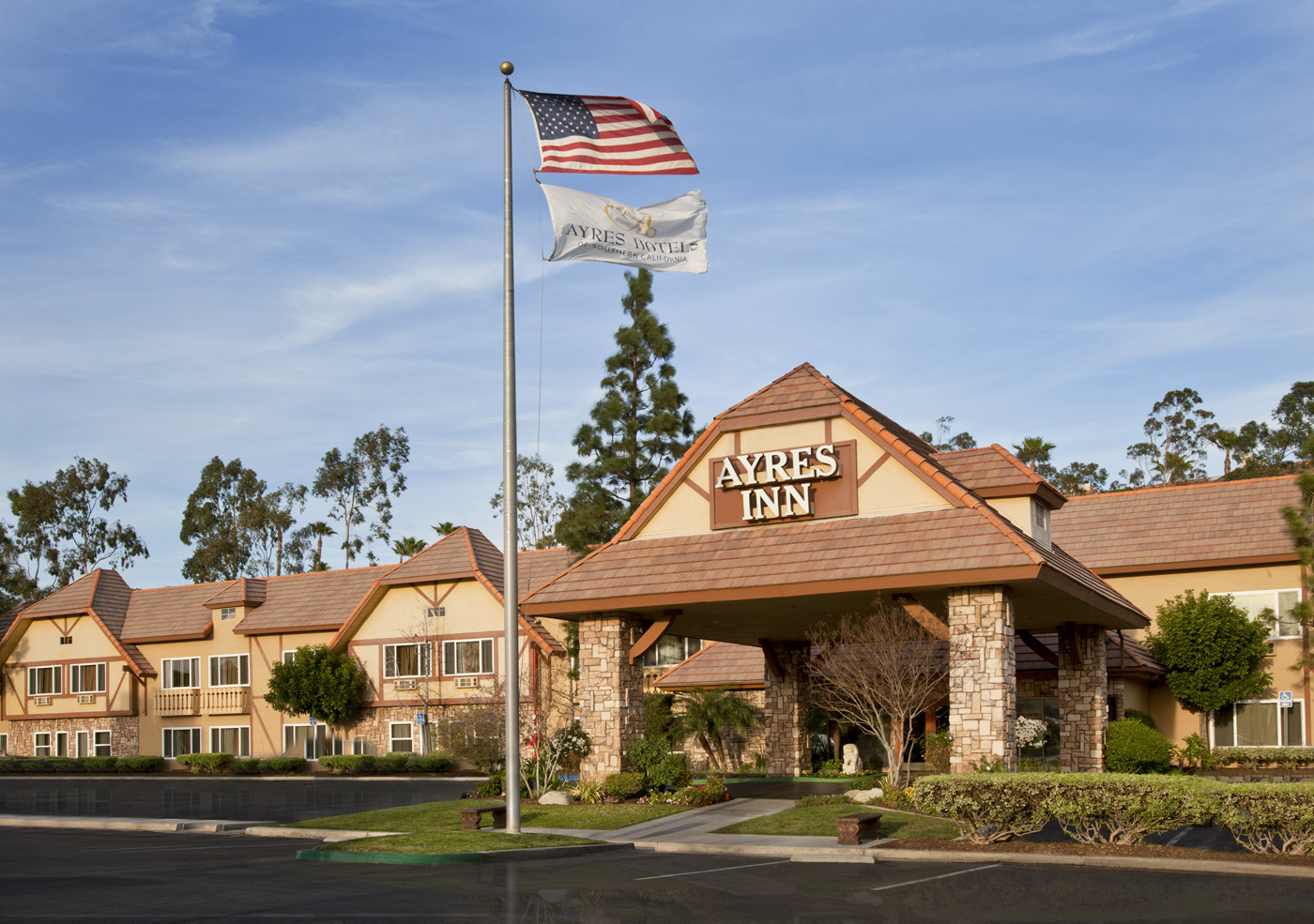 Ayres Inn Corona East / Riverside