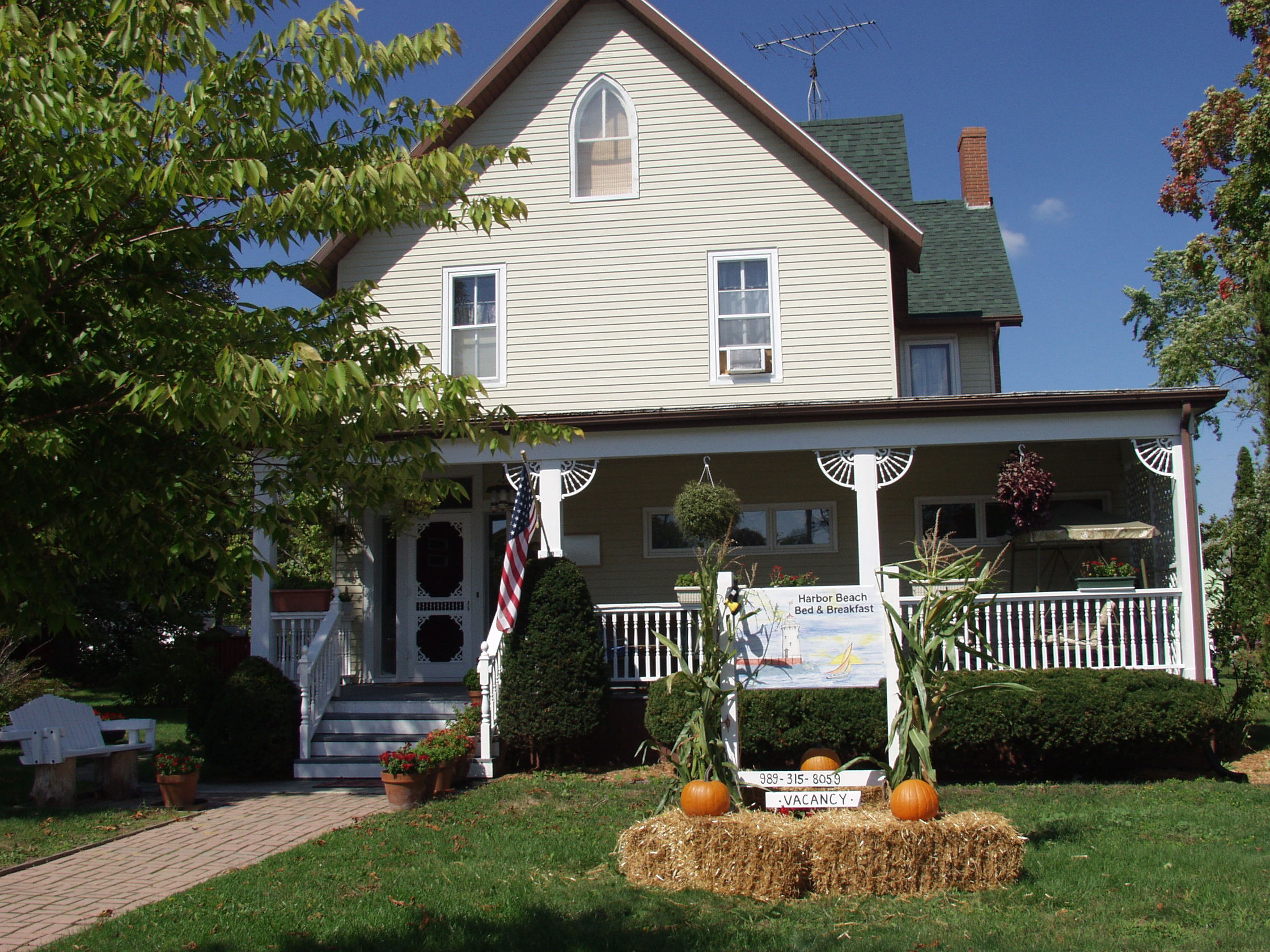 Harbor Beach Bed and Breakfast