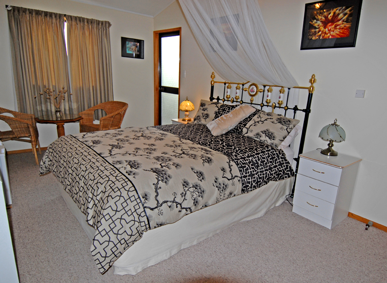 Discover Goat Island Bed & Breakfast