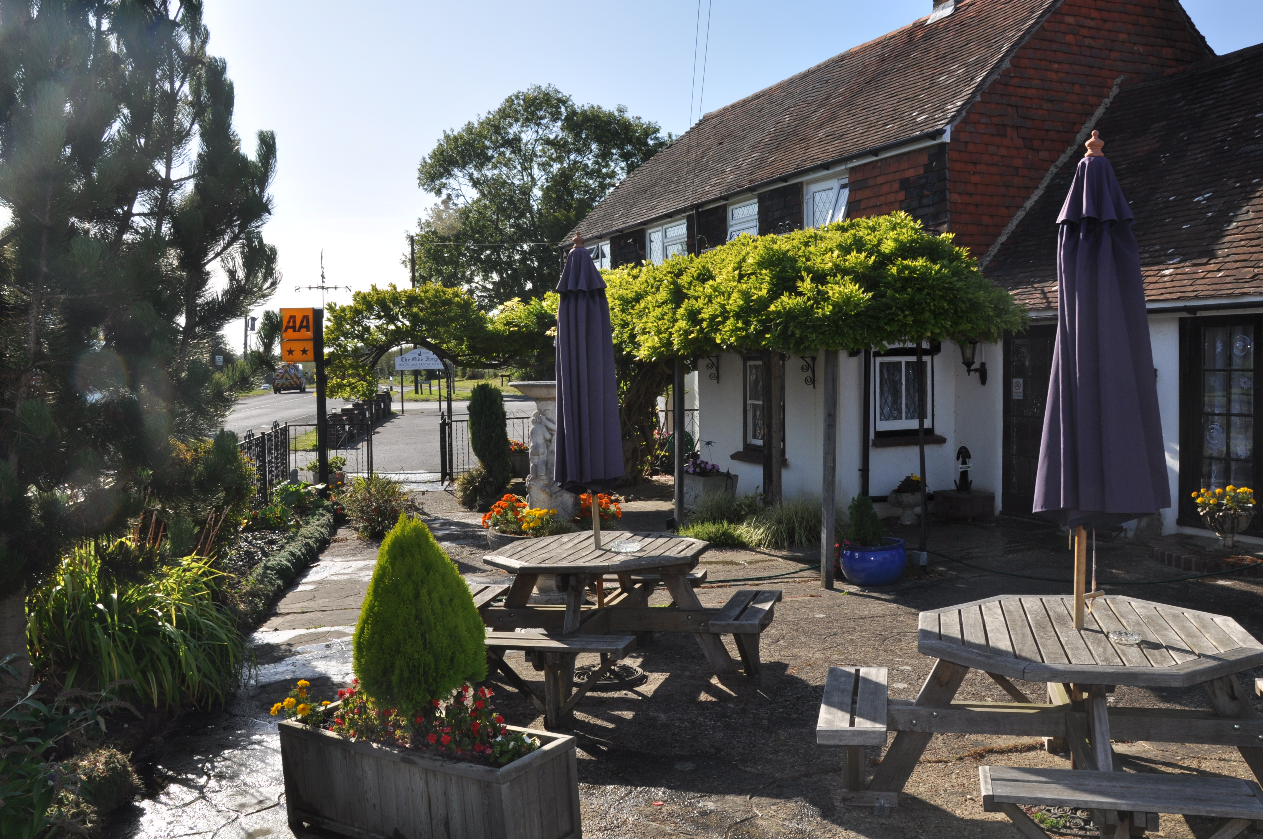 Olde Forge Hotel and Restaurant