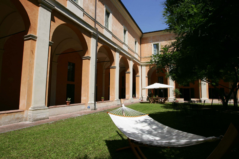 Student's Hostel della Ghiara