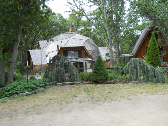 A-Dome Studio Bed and Breakfast