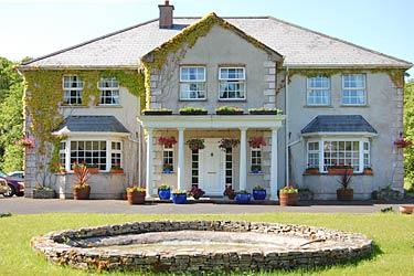 Connemara Country Lodge Bed and Breakfast