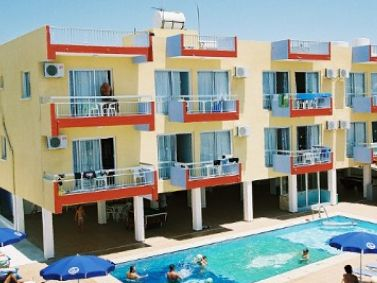 Mastronapa Apartments