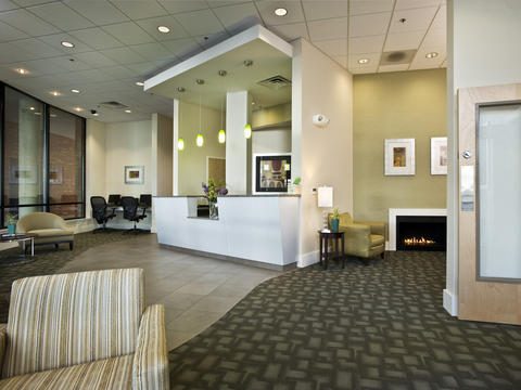 ‪BEST WESTERN PLUS Philadelphia Airport South at Widener University‬