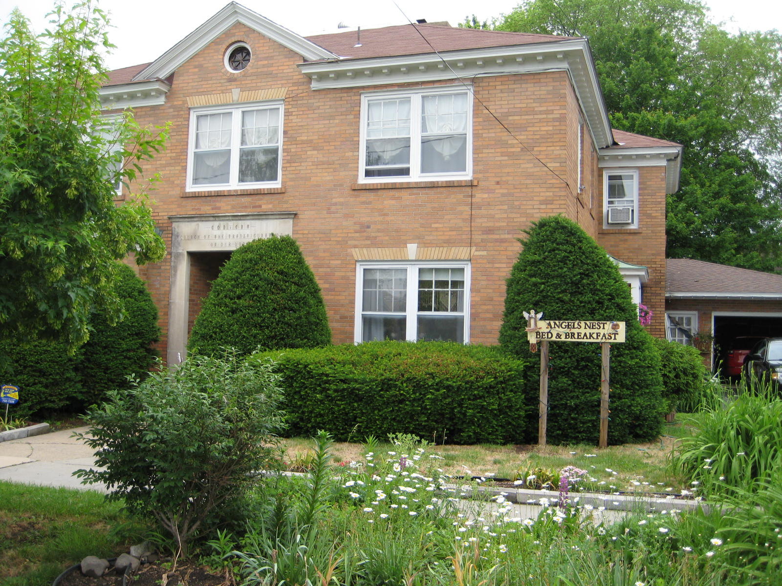 The Convent: Angels Nest Bed & Breakfast