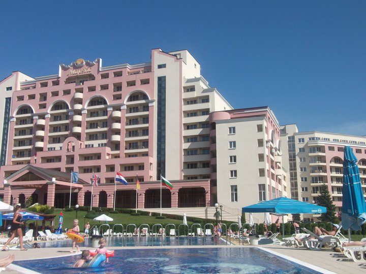 Poseidon Apartments