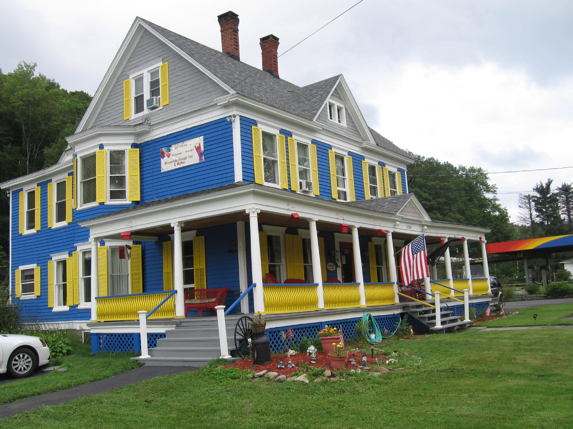 Reynolds House Inn & Motel
