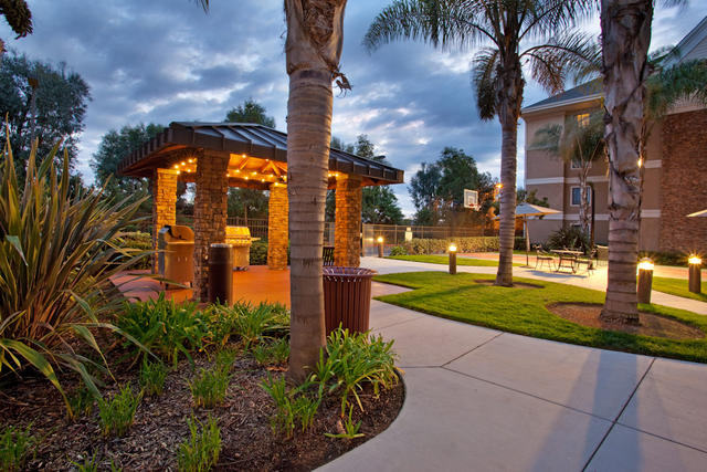 Staybridge Suites San Diego - Sorrento Mesa