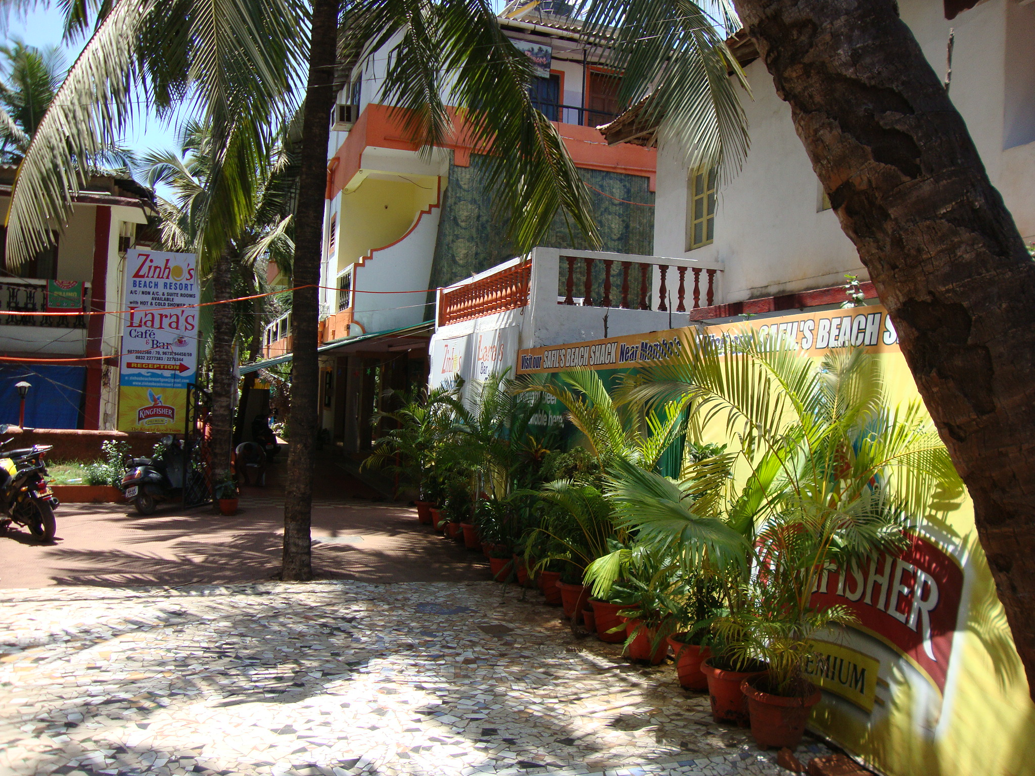 Zinho's Beach Resort