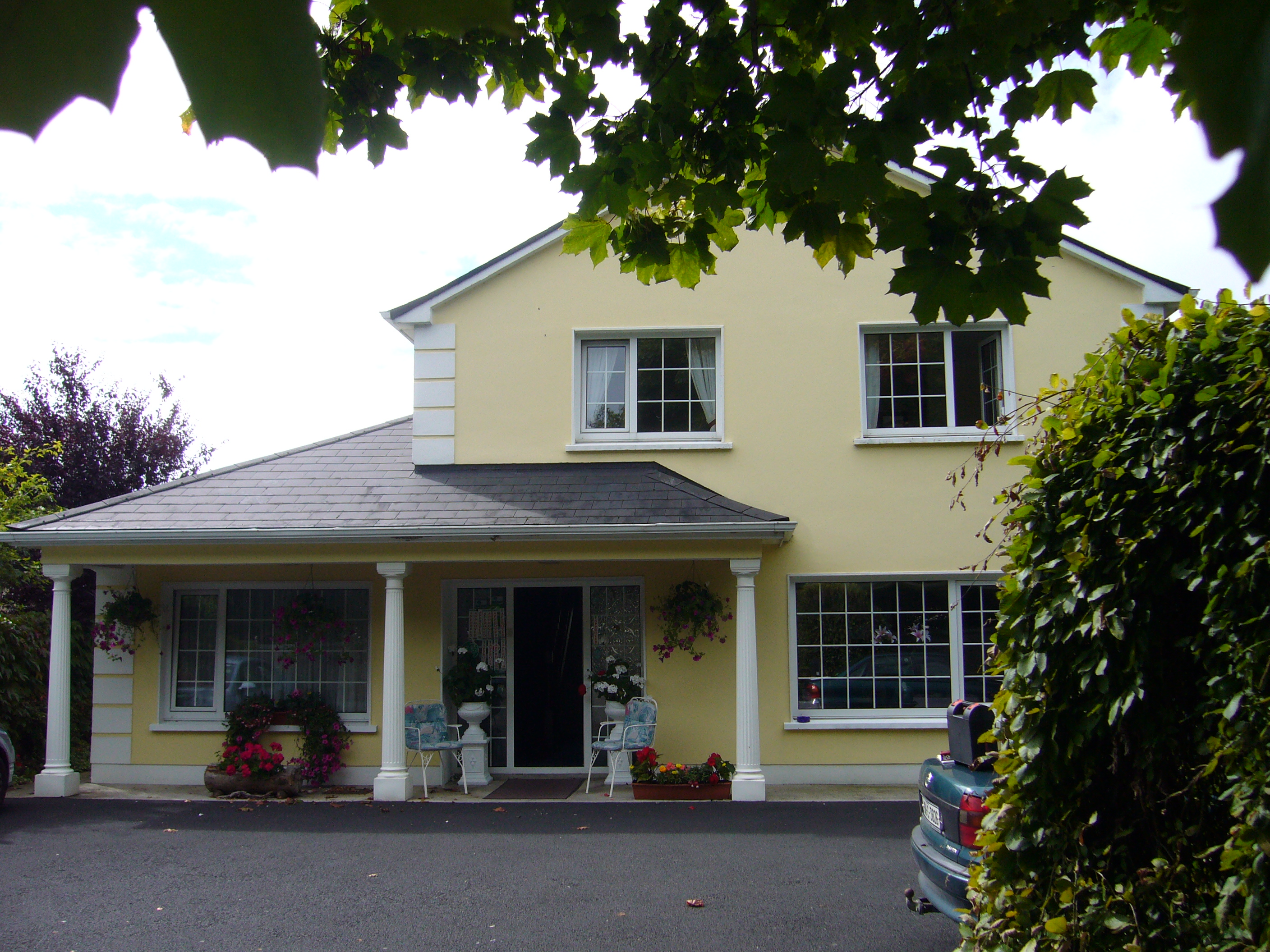 Rossarney Town House