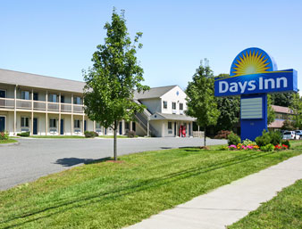 Days Inn - Bethel