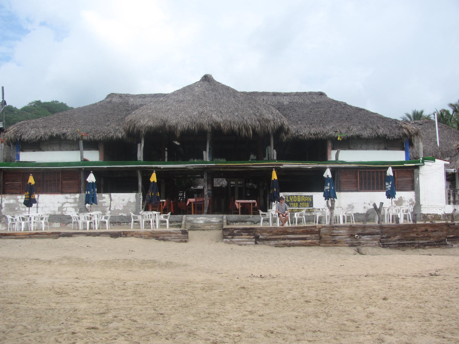 Lyoban Beach Hostel