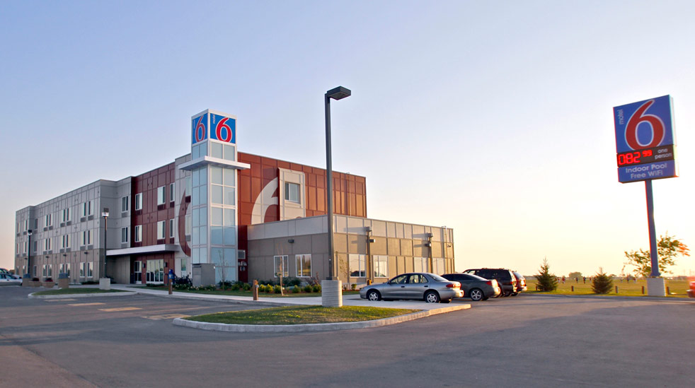 Motel 6 Winnipeg West