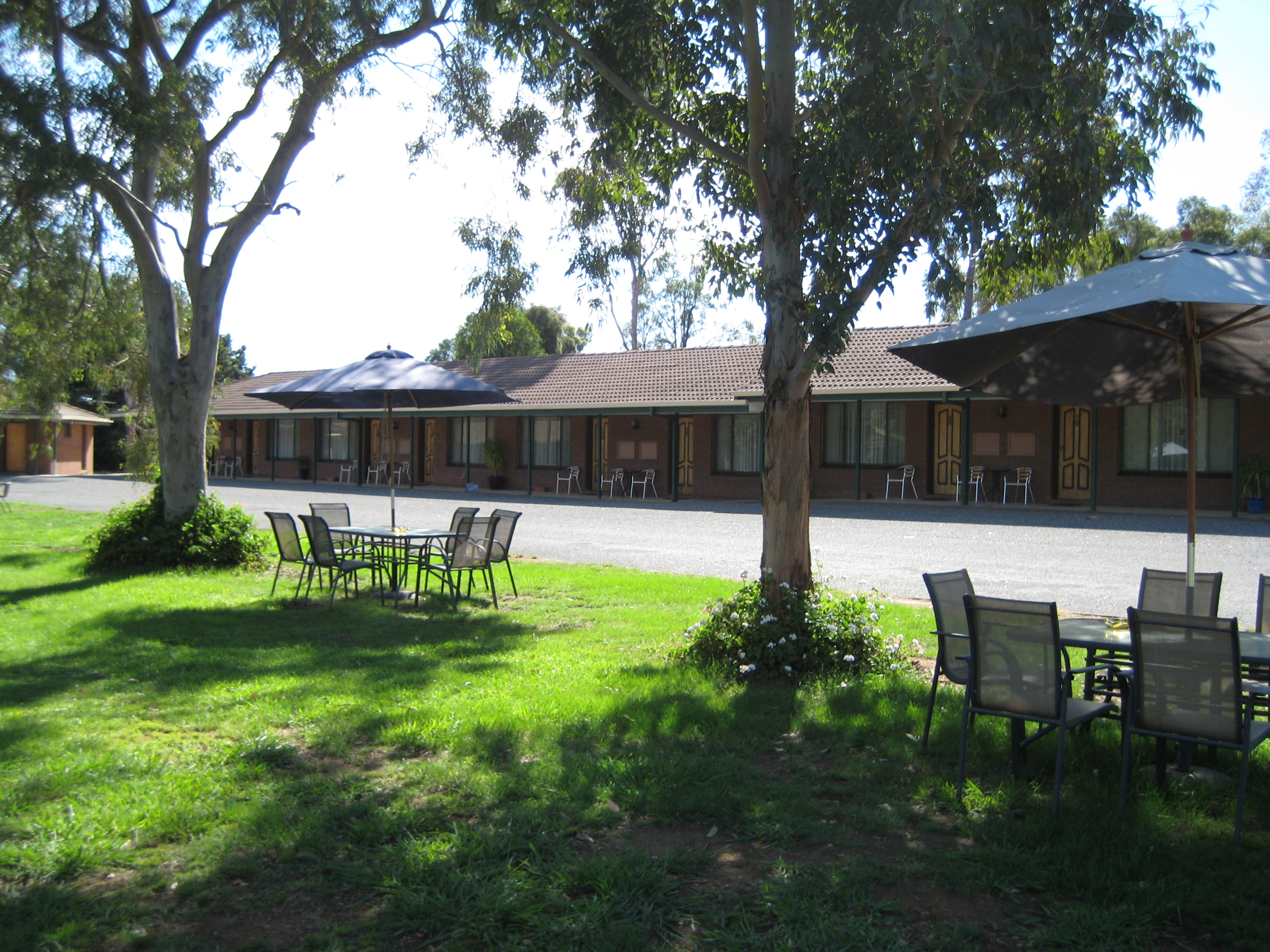 GreenAcres Motel