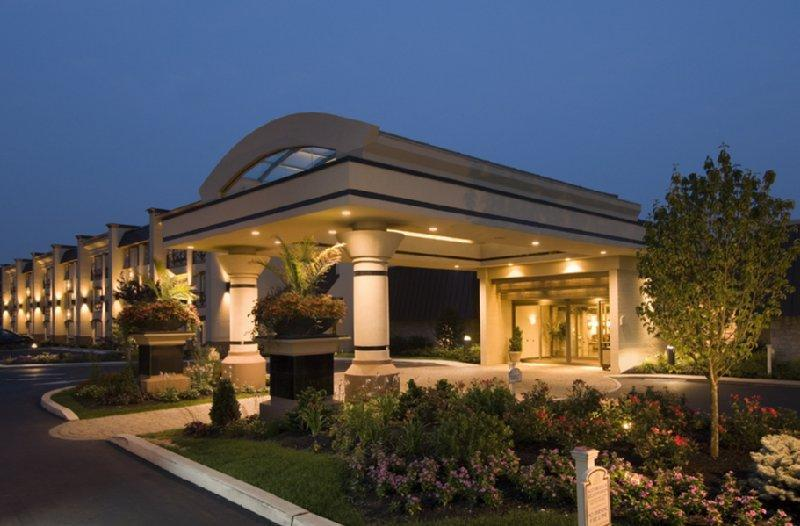 BEST WESTERN PREMIER Eden Resort