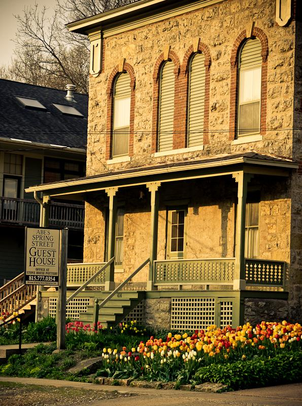 Abe's Spring Street Guest House