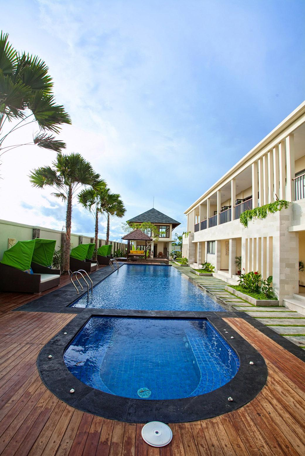 R & R Bali Bed and Breakfast Suites