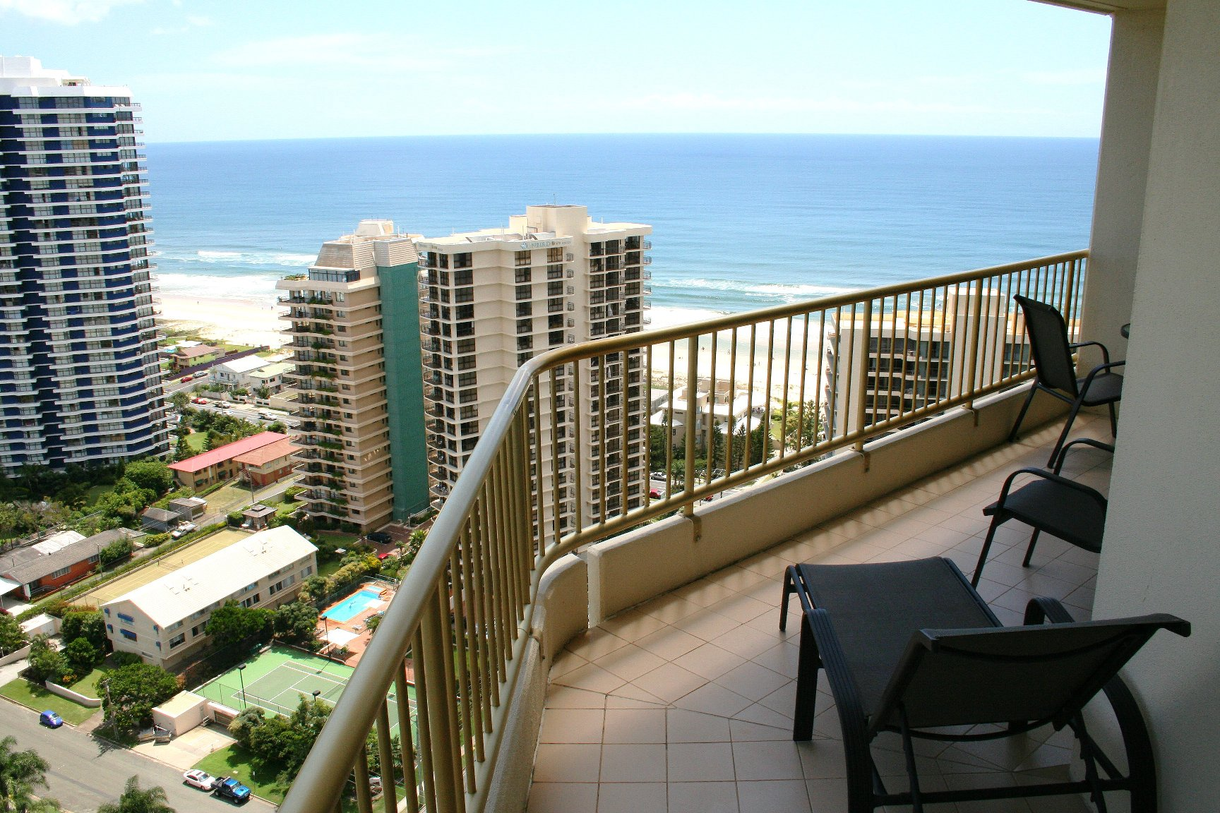 Contessa Holiday Condominiums