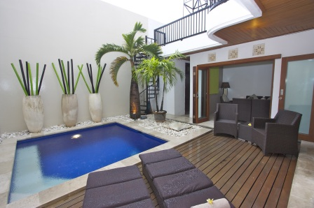 Kuta Royal Villas