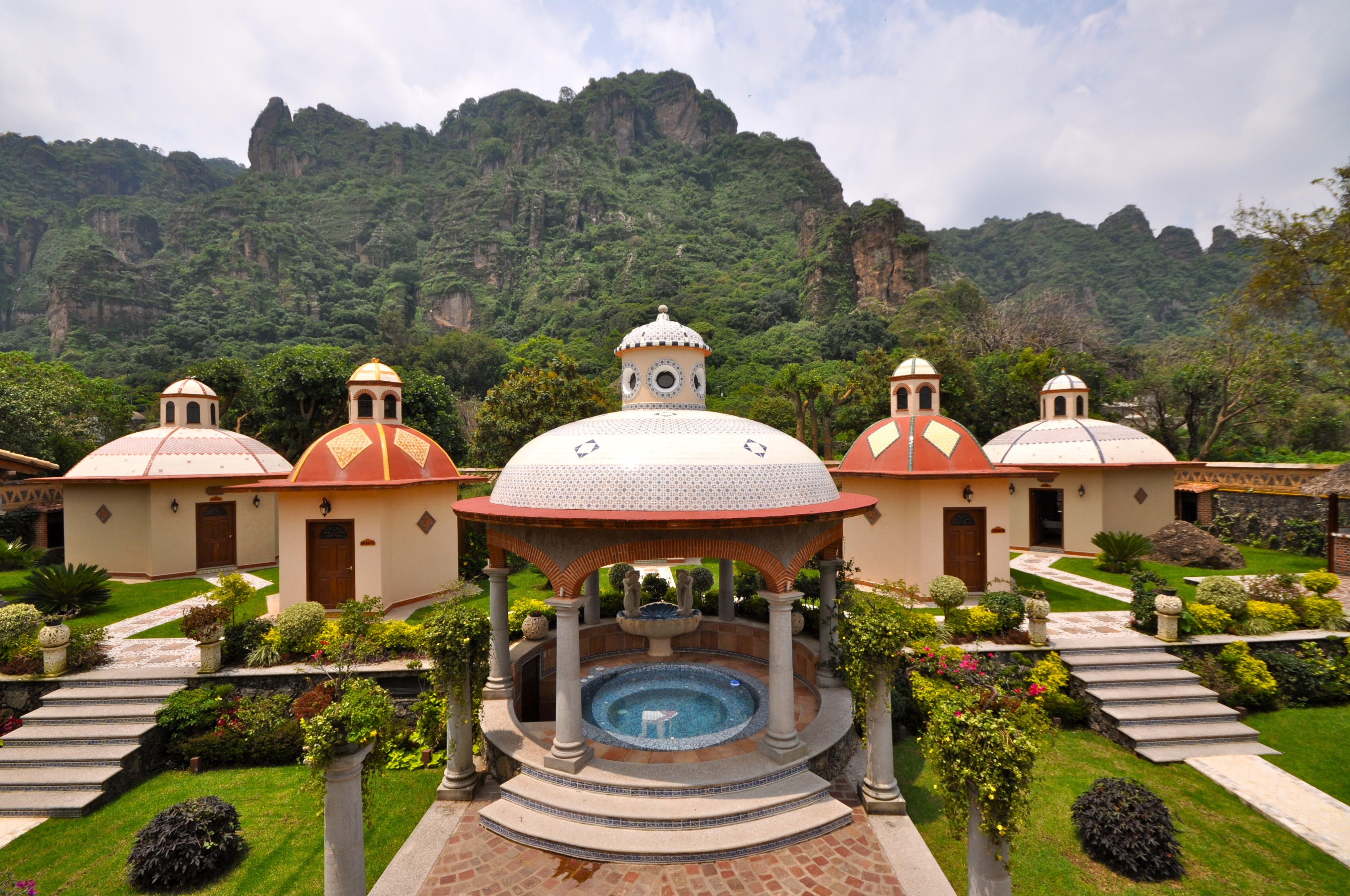 La Buena Vibra Retreat & Spa