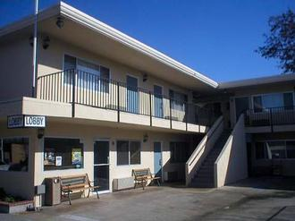 Americas Best Value Inn Hotel Visalia
