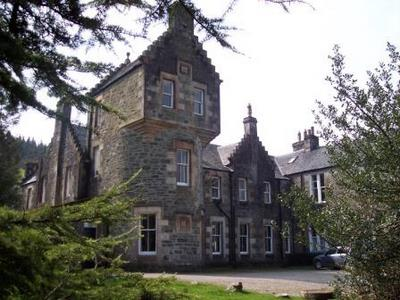 Ardbrecknish House & Self Catering Accommodation