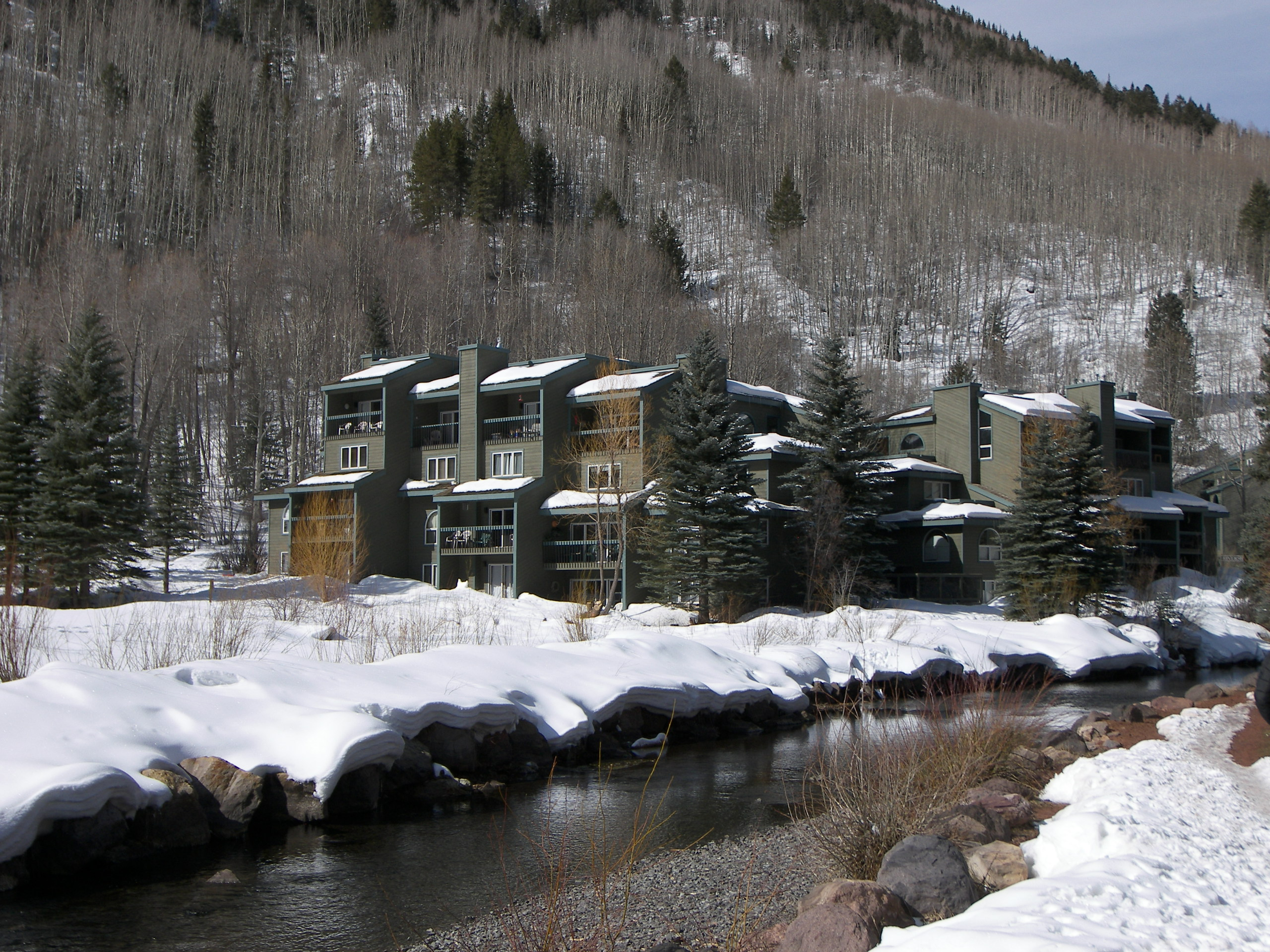 Riverside Condominiums